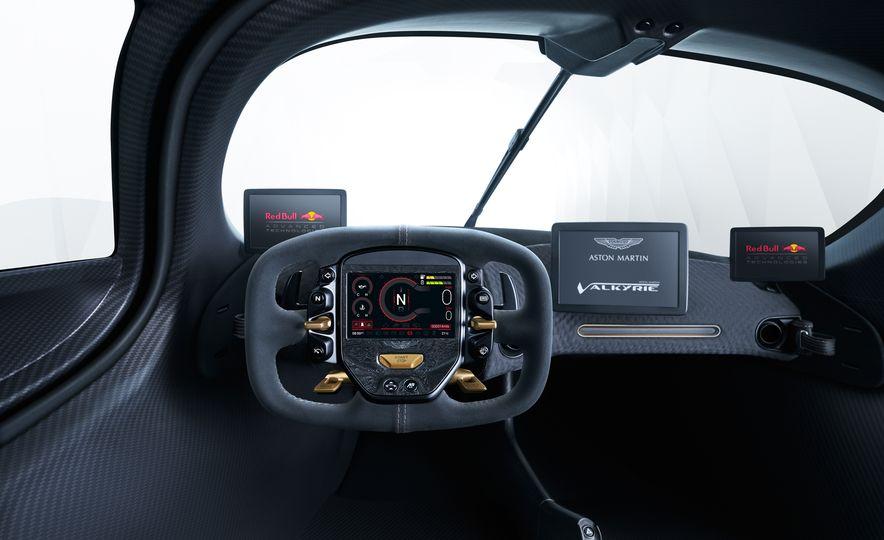 Aston Martin Valkyrie - Slide 17