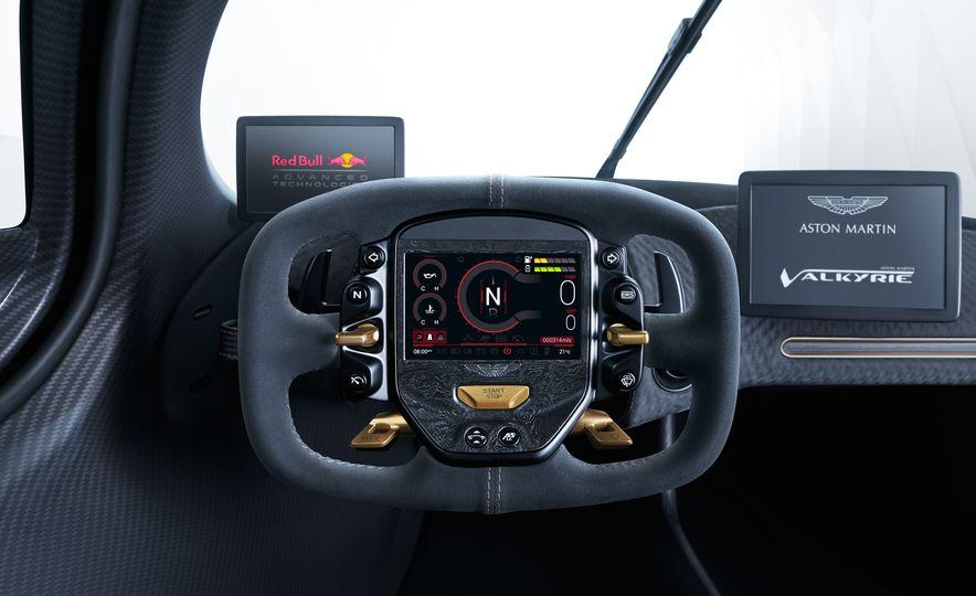 Aston Martin Valkyrie - Slide 18