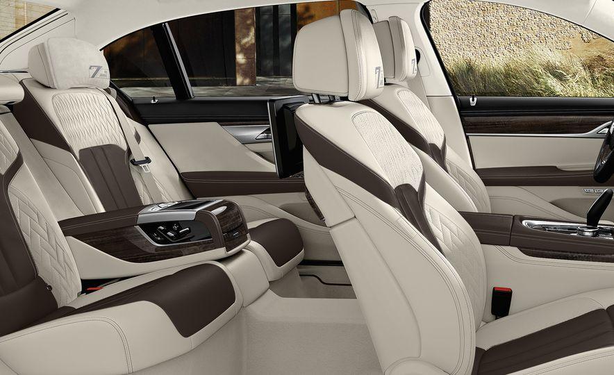 BMW 7-Series 40 Jahre Edition - Slide 4
