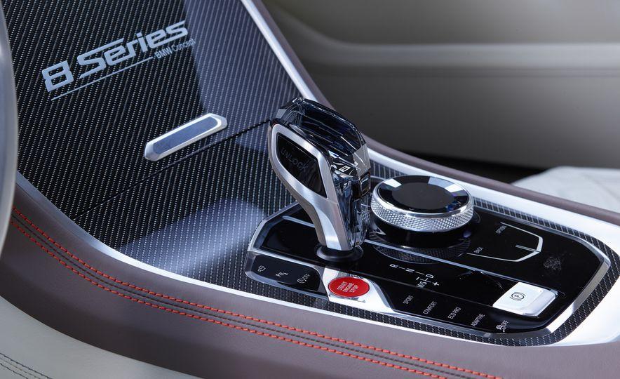 BMW 8-series concept - Slide 12