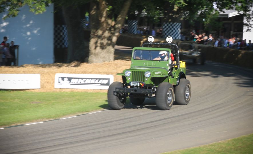 Children of the '80s! Three Full-Size Tamiya R/C Cars Ran the Goodwood Hill-Climb - Slide 3