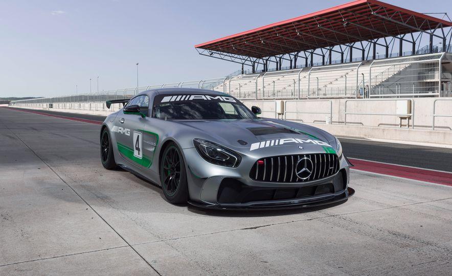 Mercedes-AMG GT4 race car - Slide 3