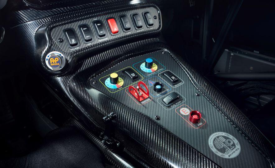 Mercedes-AMG GT4 race car - Slide 9