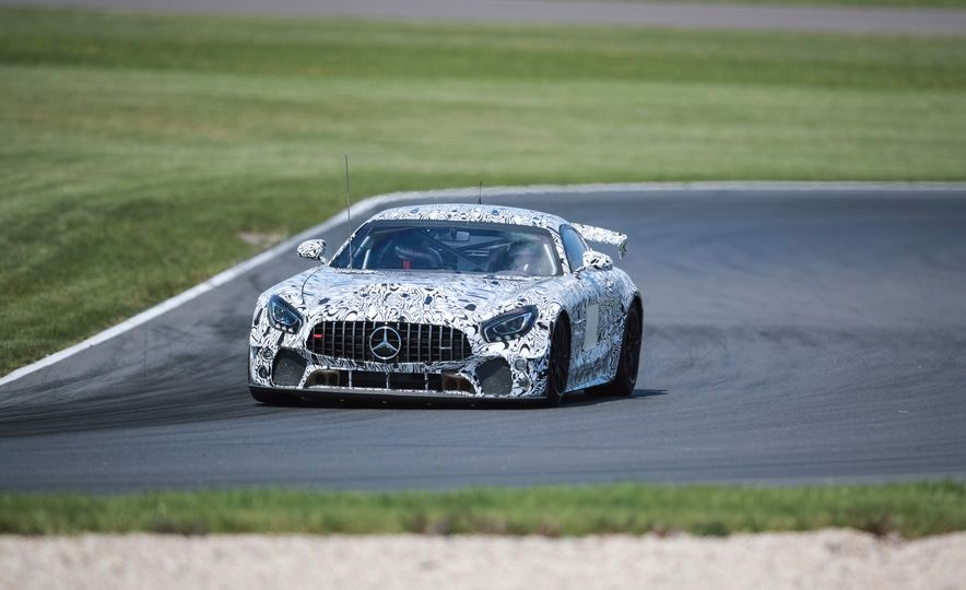 Mercedes-AMG GT4 race car - Slide 10