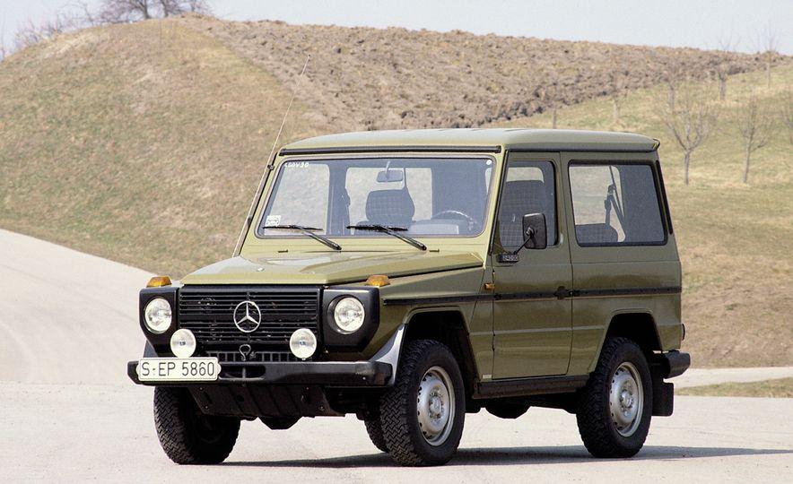 Mercedes-Benz 230 G - Slide 2