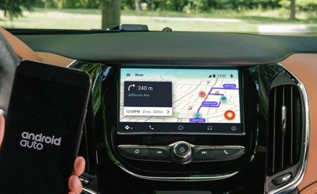 Android Auto Users Now Get an Easier Way to Use the Waze App