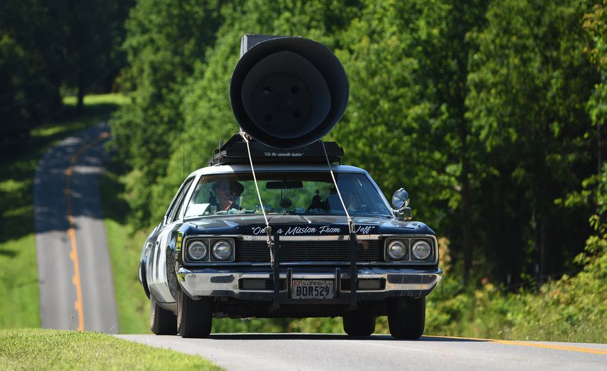 Go Out and Play: Museum-Eligible Vintage Cars That Race Cross-Country Instead - Slide 20