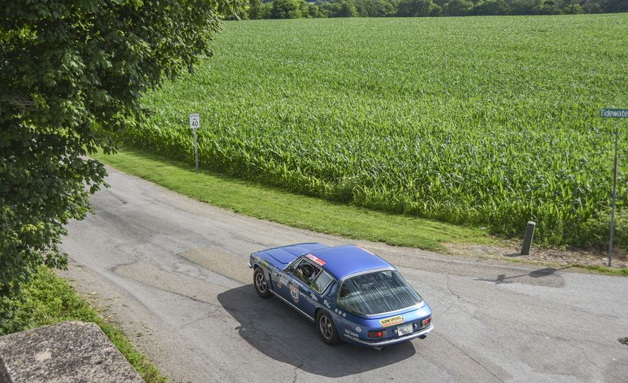 Go Out and Play: Museum-Eligible Vintage Cars That Race Cross-Country Instead - Slide 27