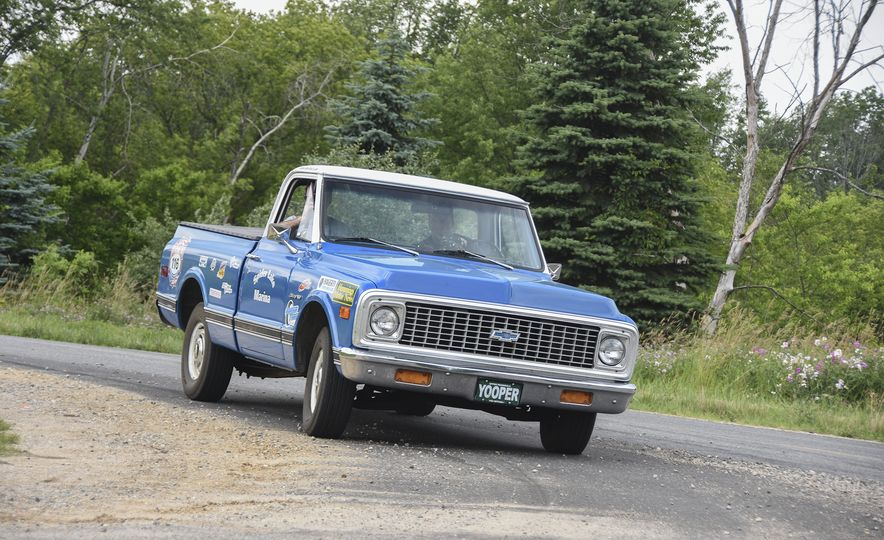 Go Out and Play: Museum-Eligible Vintage Cars That Race Cross-Country Instead - Slide 25