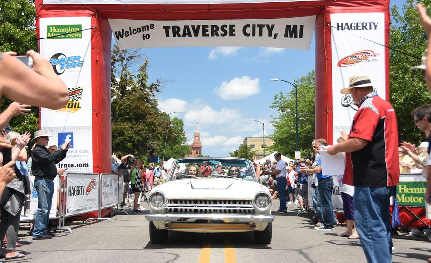 Go Out and Play: Museum-Eligible Vintage Cars That Race Cross-Country Instead - Slide 7