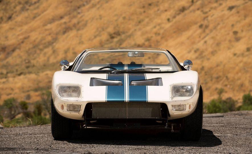 1965 Ford GT40 Roadster - Slide 3