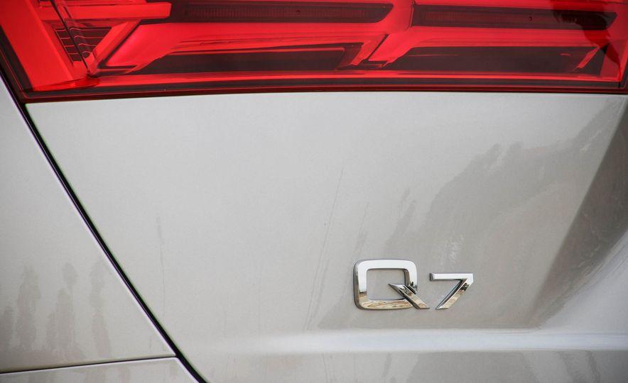 2017 Audi Q7 - Slide 21