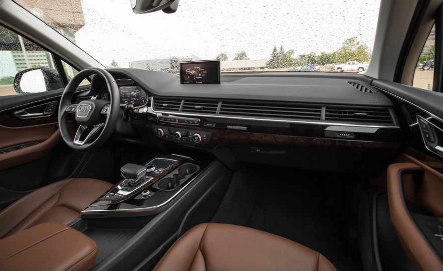 2017 Audi Q7 - Slide 29