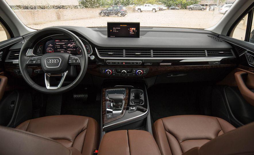 2017 Audi Q7 - Slide 30