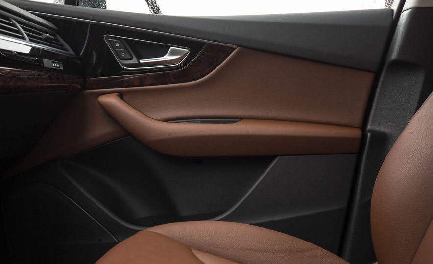 2017 Audi Q7 - Slide 46