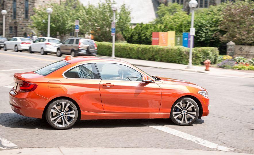 2017 BMW 230i xDrive - Slide 9