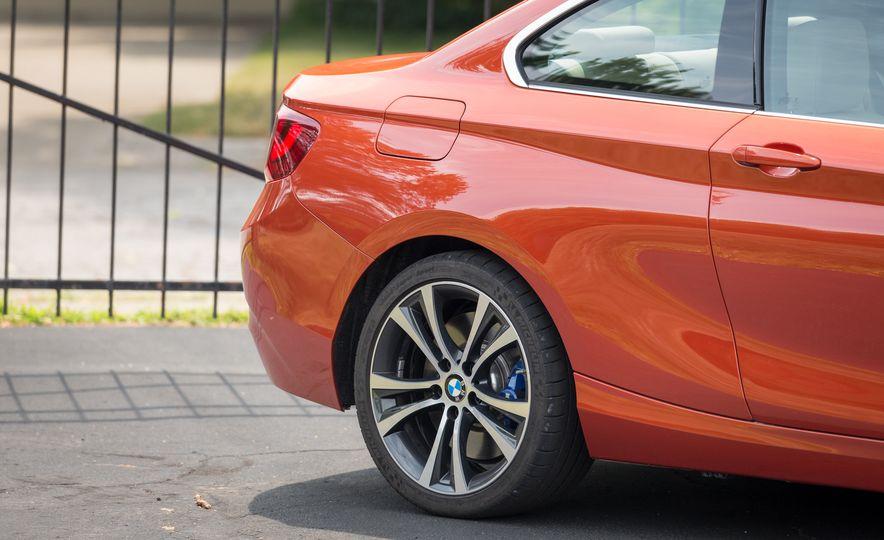 2017 BMW 230i xDrive - Slide 22