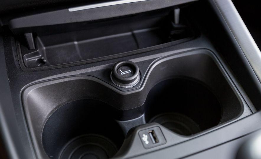 2017 BMW 230i xDrive - Slide 41