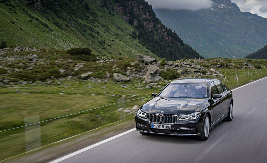 2017 BMW 740Le (Euro-spec) - Slide 9