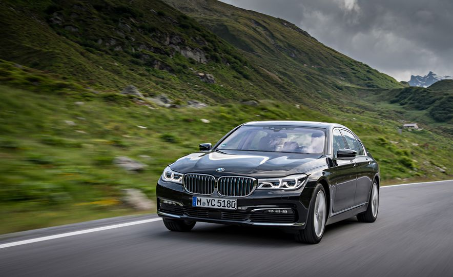 2017 BMW 740Le (Euro-spec) - Slide 12