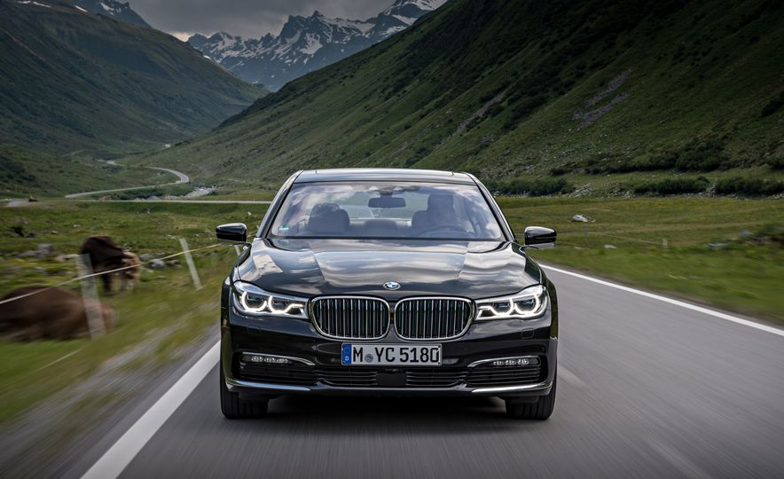 2017 BMW 740Le (Euro-spec) - Slide 13