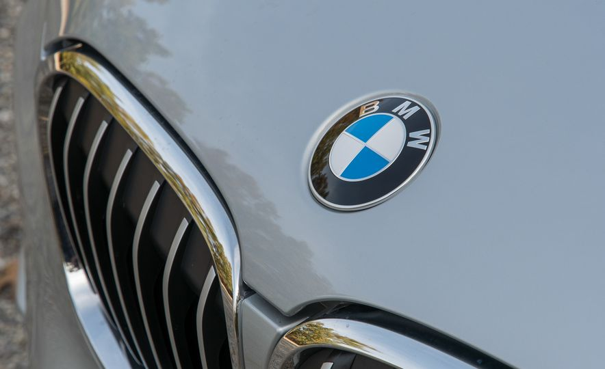 2017 BMW X1 xDrive28i - Slide 13