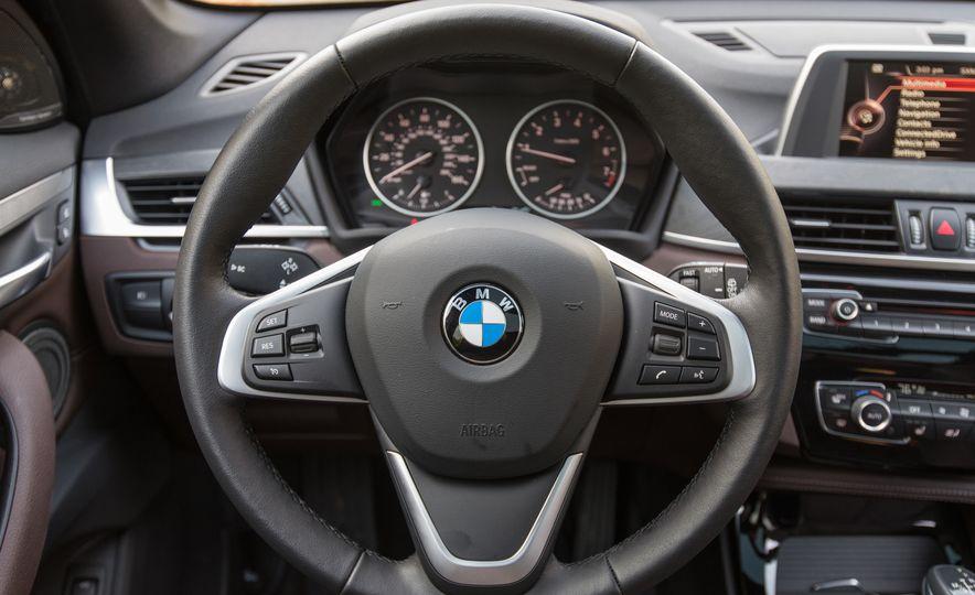 2017 BMW X1 xDrive28i - Slide 41