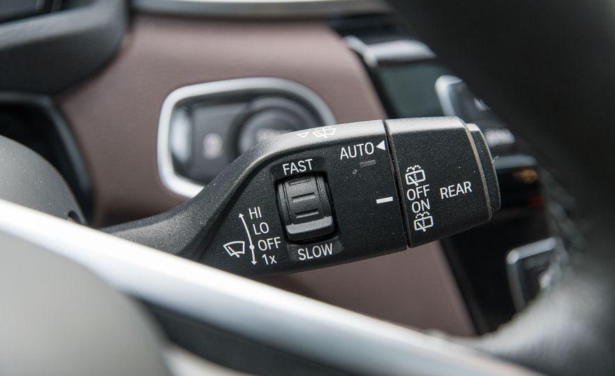 2017 BMW X1 xDrive28i - Slide 50