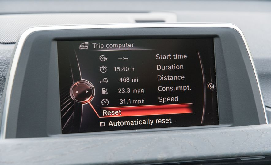 2017 BMW X1 xDrive28i - Slide 54