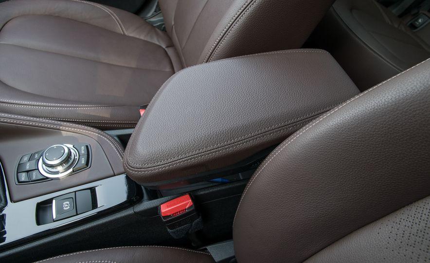 2017 BMW X1 xDrive28i - Slide 67