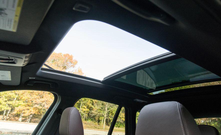 2017 BMW X1 xDrive28i - Slide 73