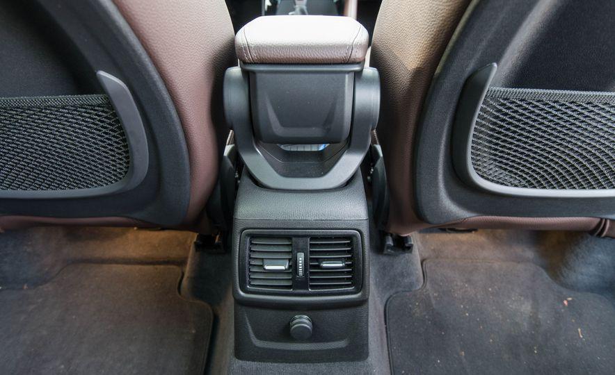2017 BMW X1 xDrive28i - Slide 80