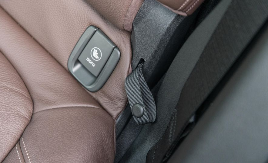 2017 BMW X1 xDrive28i - Slide 82
