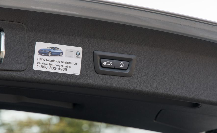 2017 BMW X1 xDrive28i - Slide 94