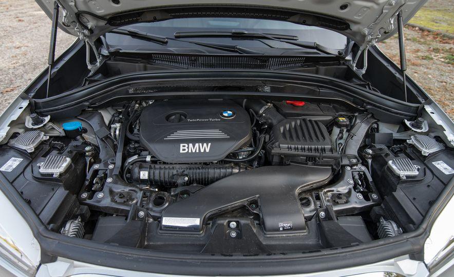 2017 BMW X1 xDrive28i - Slide 96