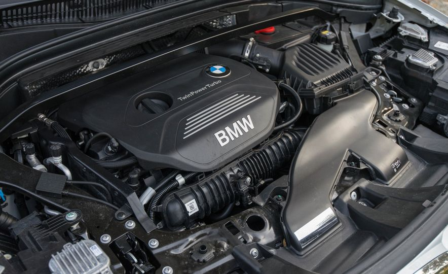 2017 BMW X1 xDrive28i - Slide 97