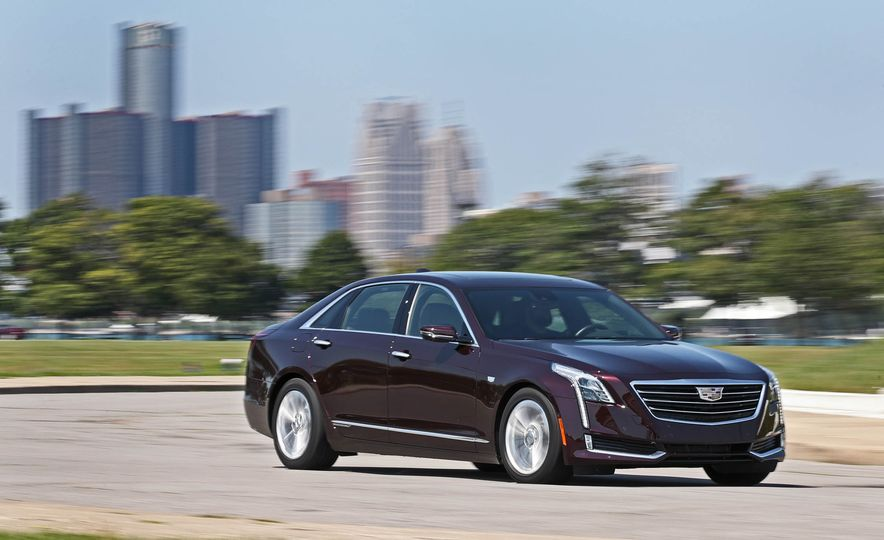 2017 Cadillac CT6 PHEV - Slide 6