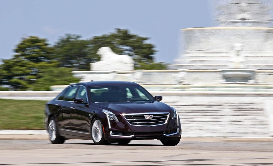 2017 Cadillac CT6 PHEV - Slide 2