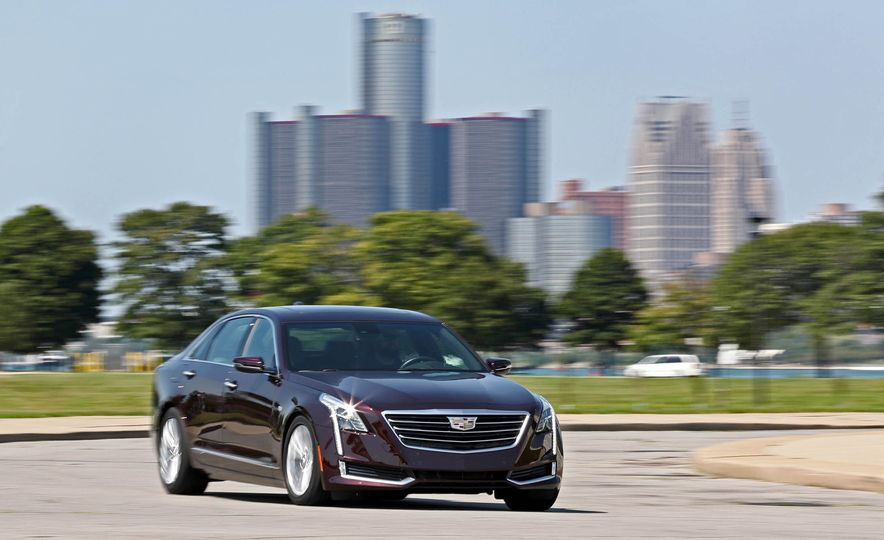 2017 Cadillac CT6 PHEV - Slide 5