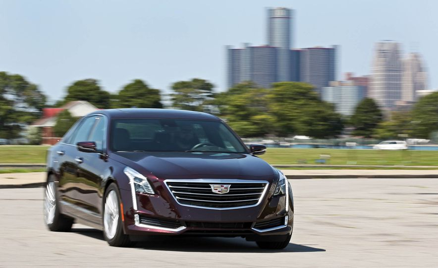 2017 Cadillac CT6 PHEV - Slide 4