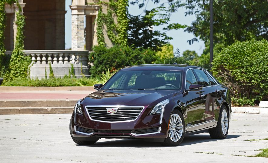 2017 Cadillac CT6 PHEV - Slide 15