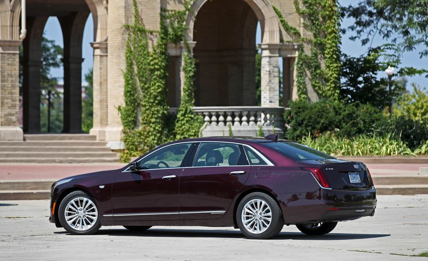 2017 Cadillac CT6 PHEV - Slide 17
