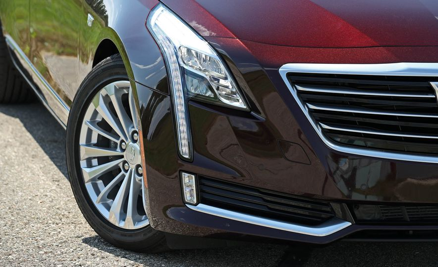 2017 Cadillac CT6 PHEV - Slide 20