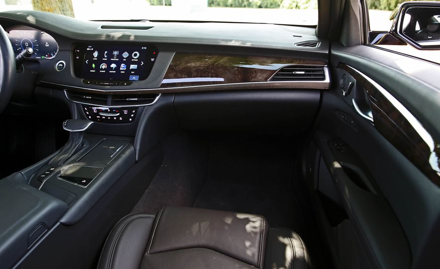 2017 Cadillac CT6 PHEV - Slide 51
