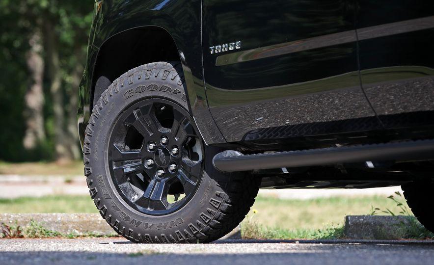 2017 Chevrolet Tahoe Z71 - Slide 24