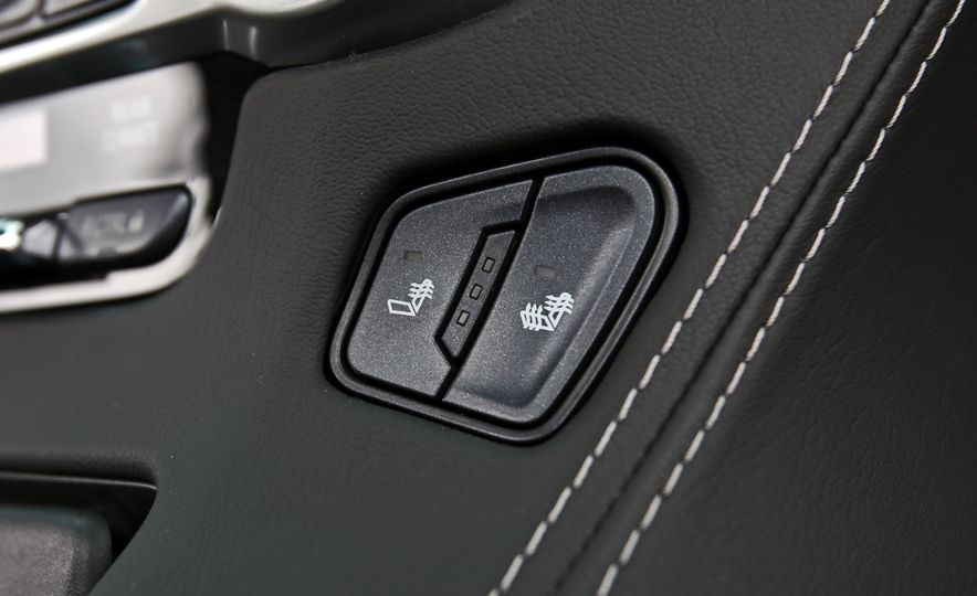 2017 Chevrolet Tahoe Z71 - Slide 39