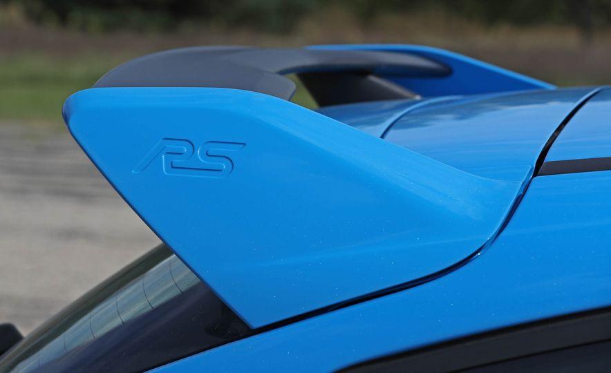 2017 Ford Focus RS - Slide 48
