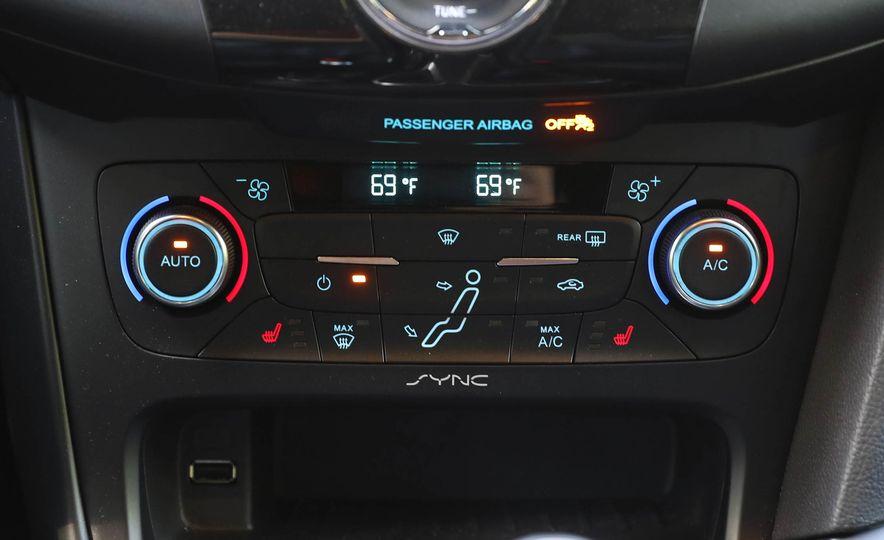 2017 Ford Focus RS - Slide 65