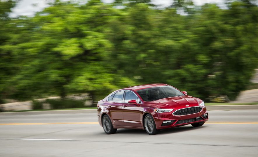 2017 Ford Fusion - Slide 2
