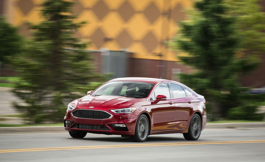 2017 Ford Fusion - Slide 4
